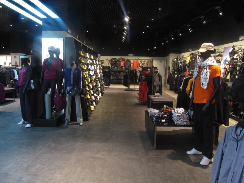 7b6d434d0db4 Все фотографии. Поблизости. Спортивные товары Nike. Nike 1 метр улица  Родионова ...