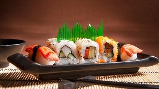Суши, роллы исуши-сеты