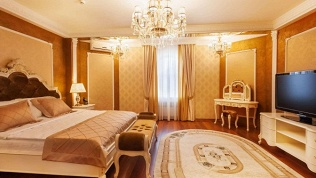 Отель «Кристэлла»