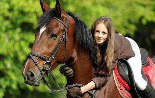 Верховая езда налошади