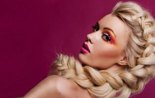 Создание макияжа, укладка