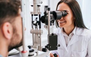 Посещение офтальмолога