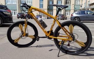 Велосипед налитых дисках