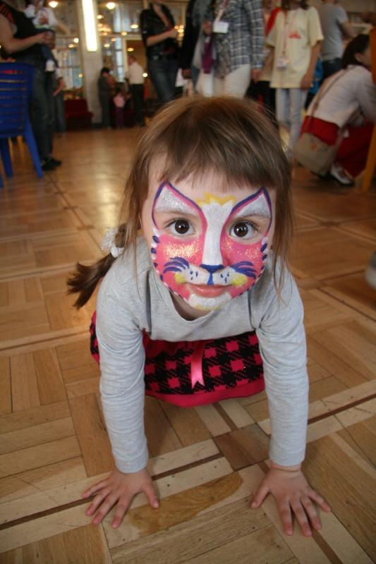 """Цирк  """"Аквамарин """" дал уже свыше 180 представлений, на которых побывало более 150 тысяч зрителей, в том числе свыше 15..."""