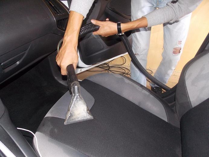 Как почистить кресло автомобиля своими руками 27