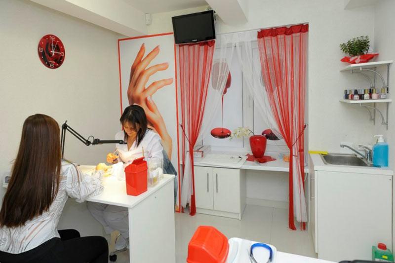 Кукольный домик для куклы своими руками