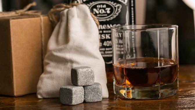 Картинки по запросу До 5 подарочных наборов камней для виски из стеатита