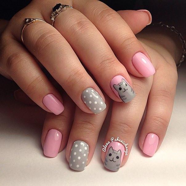 Маникюр розовый с серым на короткие ногти
