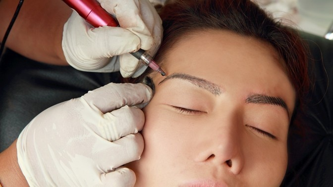 Permanent makeup artist salary