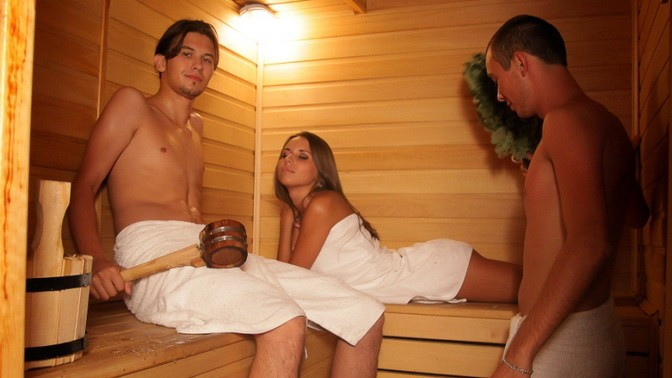В сауне бане порно смотреть