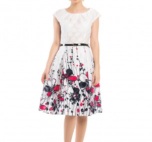 Белое платье с цветами по низу фото