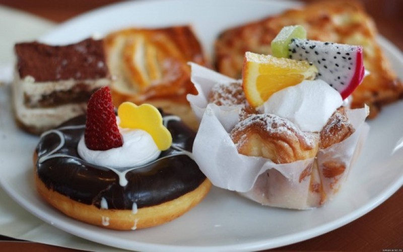 Красивые анимированные картинки десертов, фруктов, тортов, пирожных