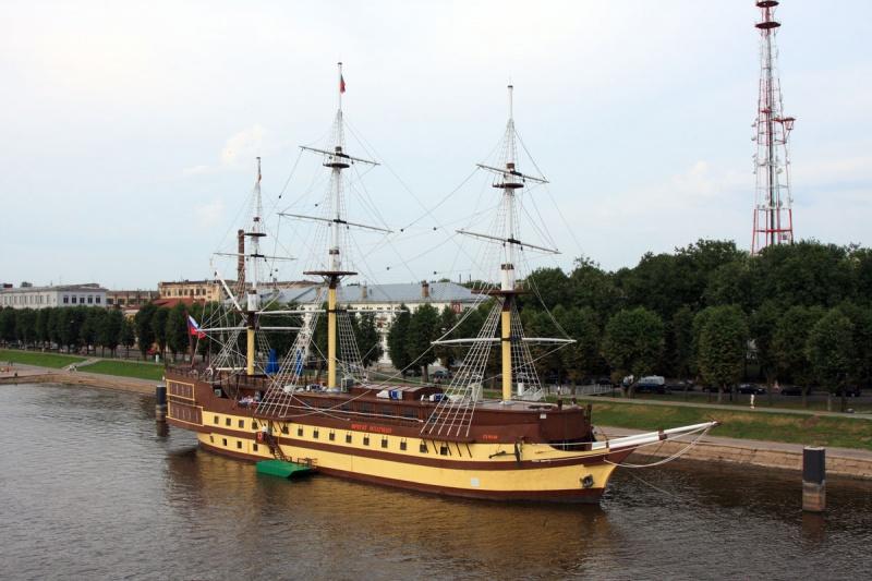 Помимо большого количества церквей и храмов Великий Новгород богат различными тематическими музеями и выставками...