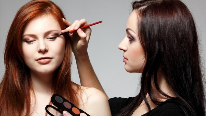 Сделать прическу макияж по фото