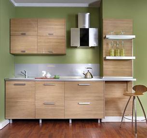 ...покрытыми шпоном, - отличная возможность совместить традиционный и современный стили в одном кухонном гарнитуре.