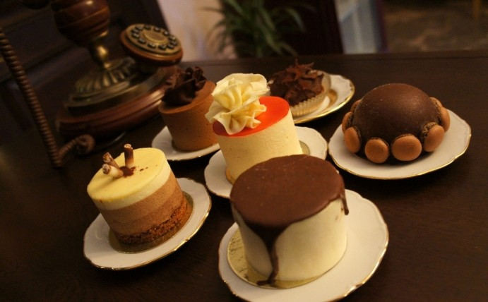 Французские торты и пирожное