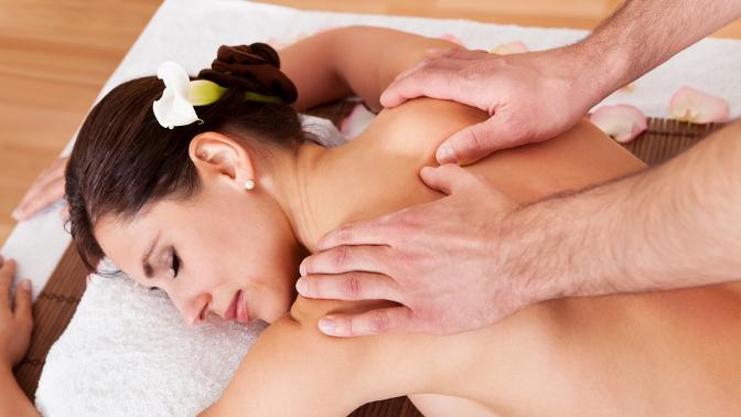 А историю эротического массажа можно проследить с давних времен