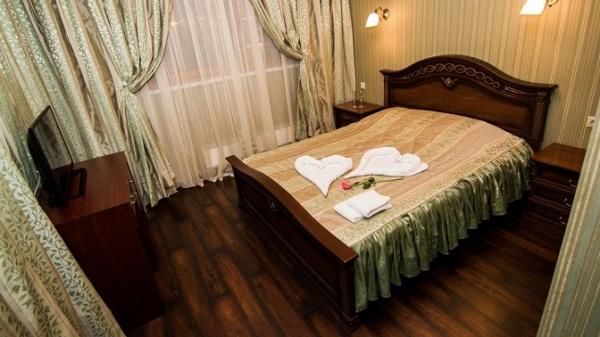 Verona-Hotel, Гостиницы