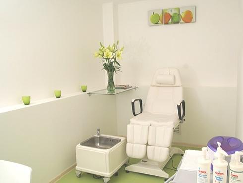 В салоне активно используется гидротерапия, стоунтерапия, лечение...