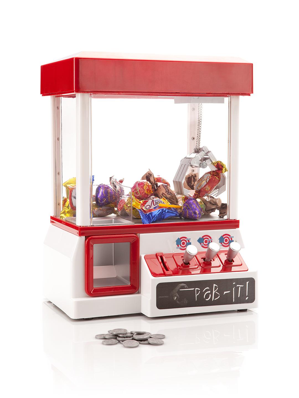 Игровые автоматы достать игрушку из автомата программа для выигрывания у интернет казино