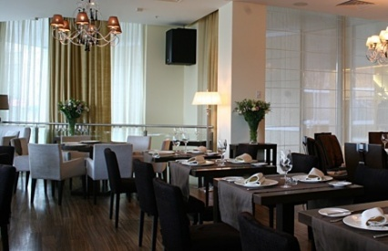 """""""Vesna """" это отличное кафе, расположенное на Новом Арбате в самом центре..."""