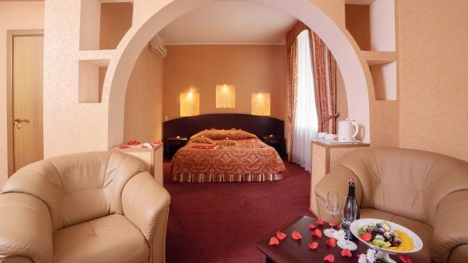 Отель «Максима Заря»