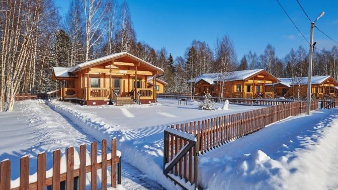 Загородный коттеджный комплекс «Лесные озера»