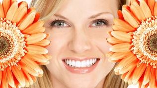 Отбеливание, чистка зубов