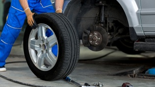 Шиномонтаж, ремонт шин