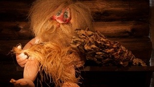 Посещение галереи кукол