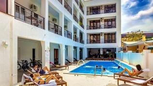 Отель «Азария»