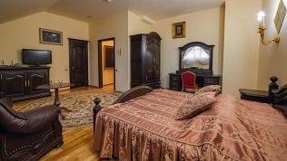 Отель «Петровский дворик»