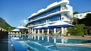 Отель Majestic