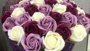 Розы измыла