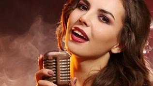 Занятия вокалом, музыкой