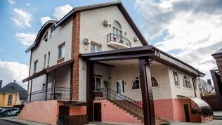 Отель «Веселый Меридиан»