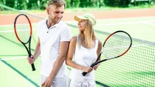 Занятия большим теннисом