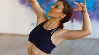 Танцы и стретчинг онлайн