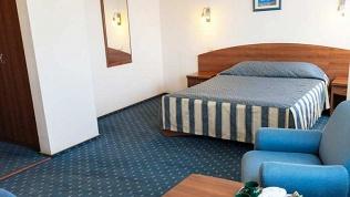 Отель «Максима Славия»