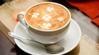 Кофе сдесертом