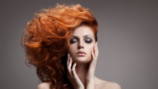 Укладка волос, макияж