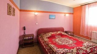 Отель «Велес»