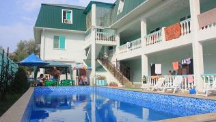 Отель «Максим»