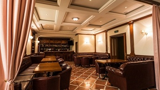 Бильярд-бар «Гостиная»