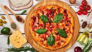 Пицца отпиццерии Family