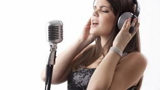 Онлайн-занятия вокалом