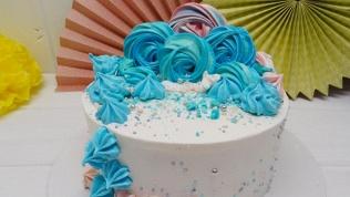 Торт сначинкой