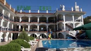 Отель «Крым Енот»