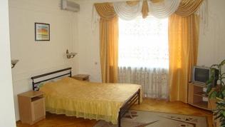 Отель «Ирон»