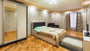 Отель RentHouse